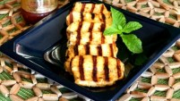 Grilled Spicy Halloumi Cheese
