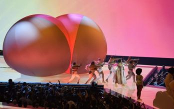 Viacom airs MTV VMAs on children's network Nickelodeon