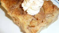 Apple-Chai Spiced Bread Pudding